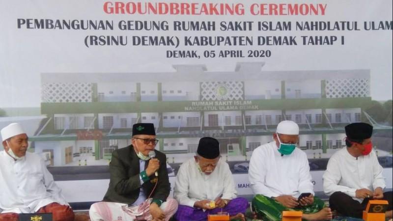 Shalawat Jibril Iringi Tiang Pancang Pertama Pembangunan Gedung RSINU Demak