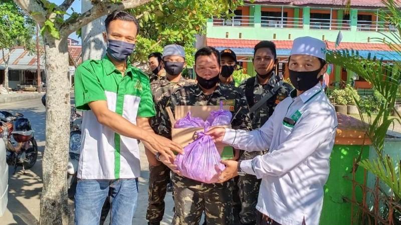 Banjir Melanda, Ansor Balangan Gerak Cepat Salurkan Bantuan