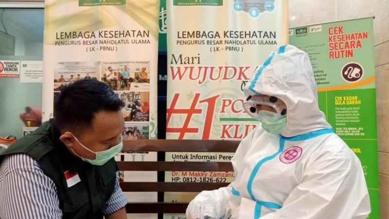 Lembaga Kesehatan Lakukan 'Rapid Test' Covid-19 kepada Pengurus dan Karyawan PBNU