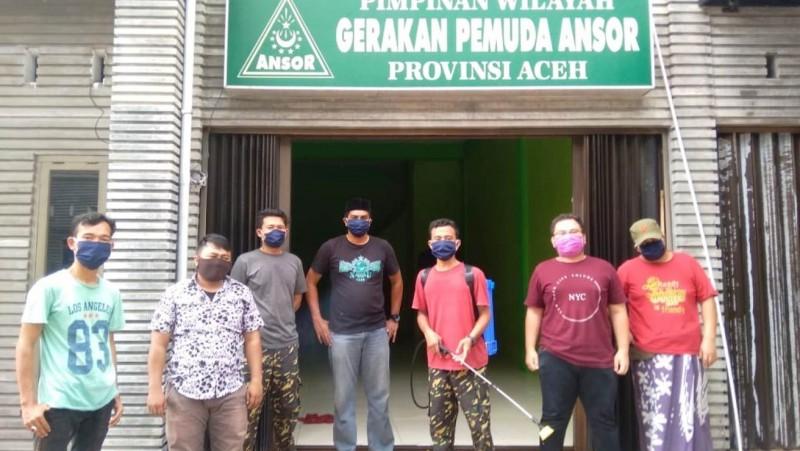 Ringankan Beban Imbas Corona, Ansor Aceh Bagikan Kebutuhan Pokok