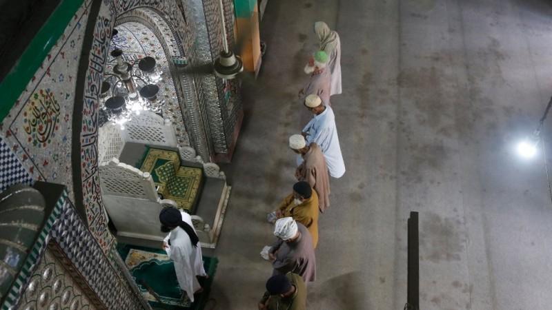 Pakistan Izinkan Shalat Berjamaah di Masjid Selama Ramadhan dengan Syarat