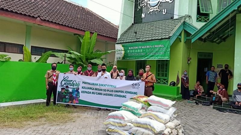 Perkenalkan NU sejak Dini, SD di Jombang ini Berzakat di LAZISNU