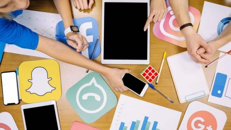 Hukum Mencari Penghasilan dari Pengakses Aplikasi