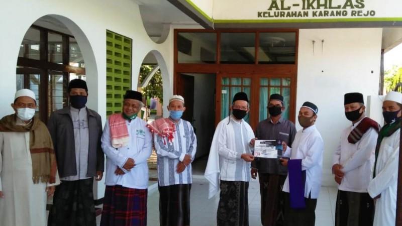 Taati Protokol Kesehatan, Masjid NU di Banyuwangi Terima Sertifikat