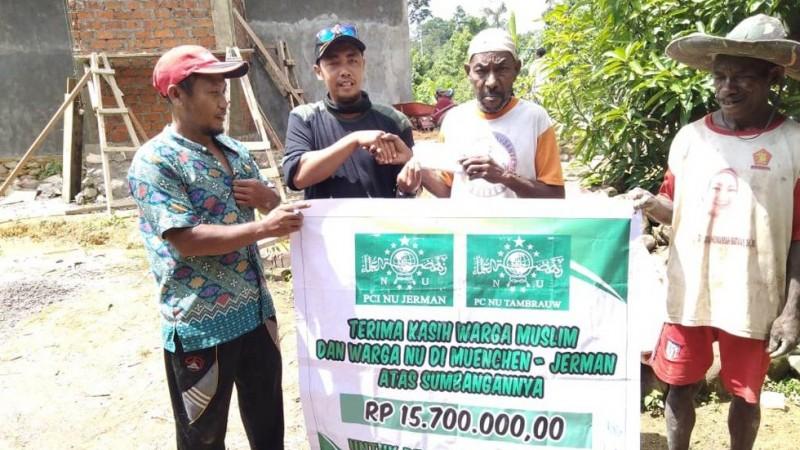 PCINU Jerman sumbang pembangunan masjid di Papua Barat (Foto: Dokumentasi PCNU Tambrauw)