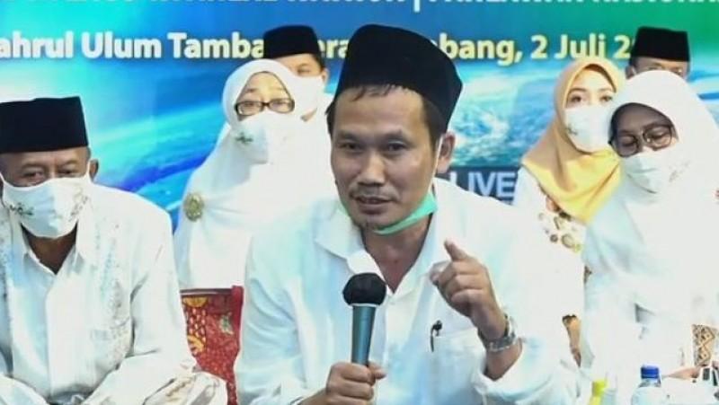 KH Ahmad Bahauddin Nur Salim (Gus Baha) (Foto: Screenshot)