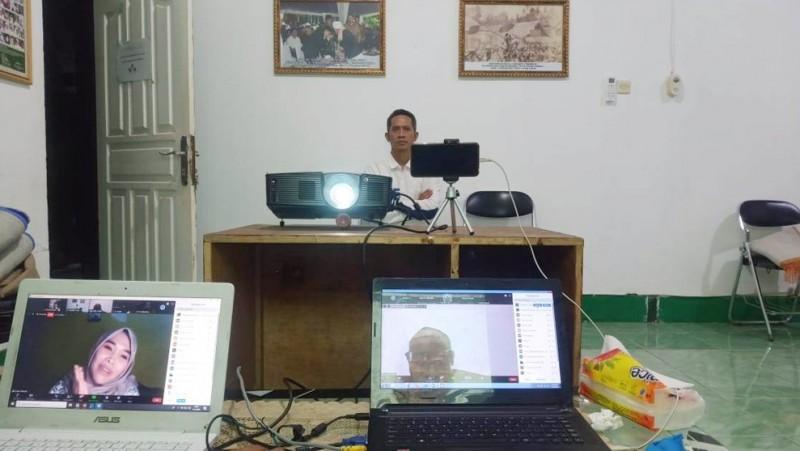 Diskusi daring LTNNU NTB gagas masalah pariwisata di daerahnya (Foto: NU Online/Hadi)