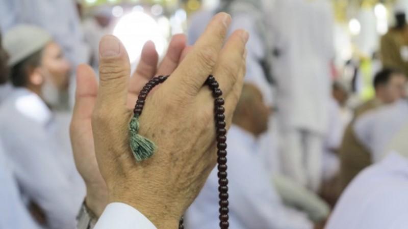 Getaran Doa Seorang Istri yang Tak Diajak Naik Haji