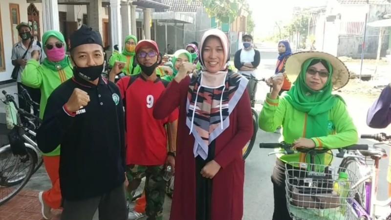 Ansor-Fatayat NU di Jombang Sosialisasikan Perilaku Hidup Sehat Lewat Gowes