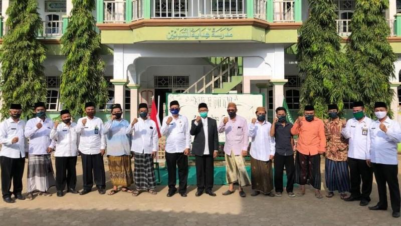 Persiapkan Embarkasi HajiIndramayu, Kemenag Jabar Kunjungi Pesantren Hidayatutholibin Paseka