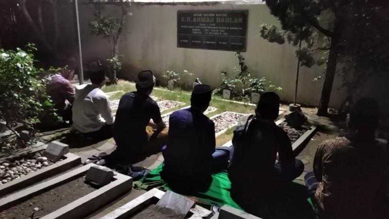 Milad Ke-111, Nahdliyin Magelang Ziarahi Makam Pendiri Muhammadiyah KH Ahmad Dahlan
