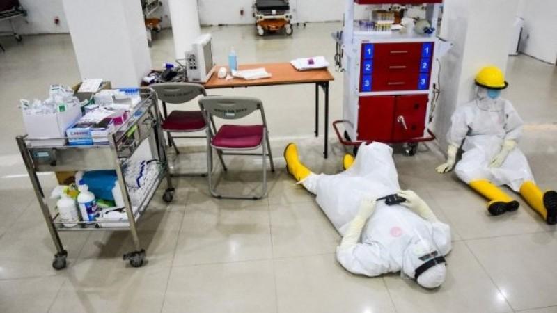 Masyarakat! Bantu Tenaga Kesehatan Kendalikan Pandemi Covid-19
