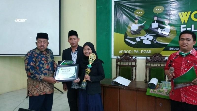 Tanamkan Kecintaan Pelajar pada Al-Qur'an, Fakultas Tarbiyah UIJ Gelar Lomba Kaligrafi
