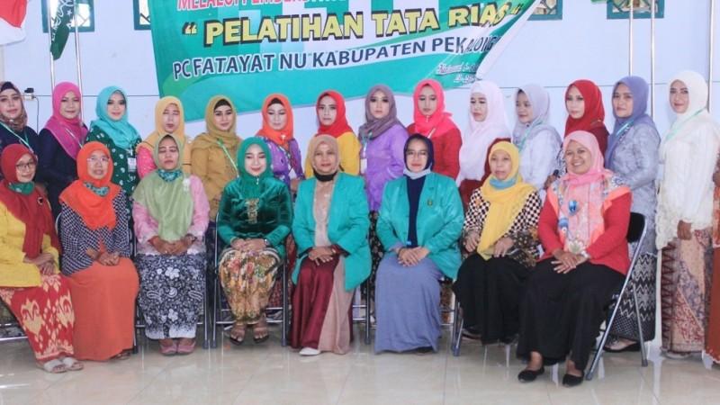 Fatayat NU Pekalongan: Kader Fatayat Harus Tampil Cantik dan Menarik