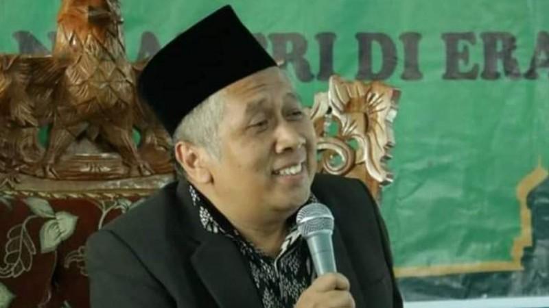 Kabar Duka Kiai Muhlas Hasyim Pengasuh Al Hikmah 2 Benda Wafat