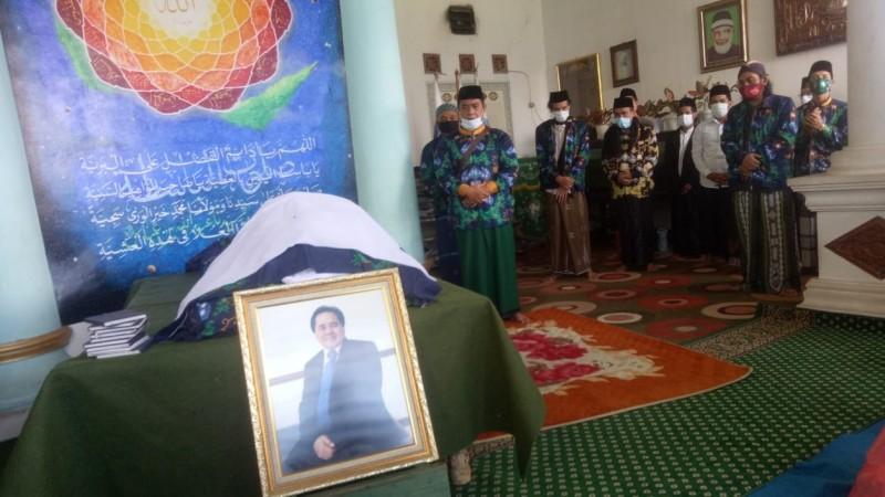 KH Enceng Shobirin Nadj Dimakamkan di Kompleks Pesantren HM Arjuna Depok