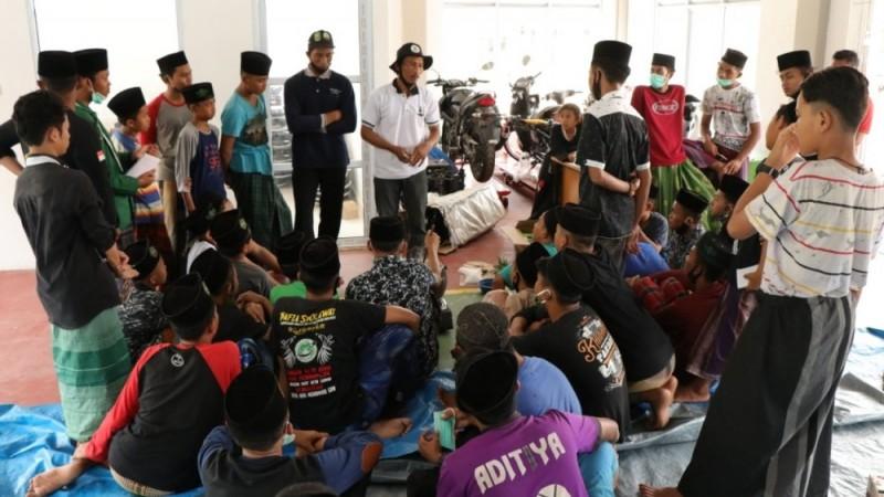 BRG dan Pesantren Al-Mutaqien Riau Edukasi Pengelolaan Gambut tanpa Bakar