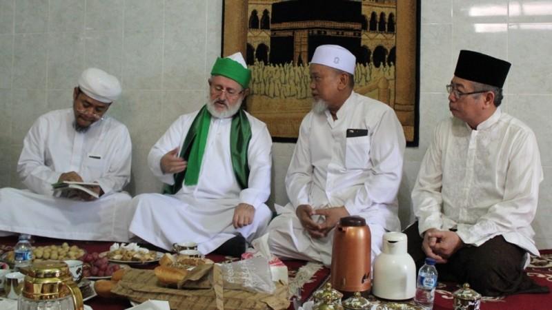 Kiai Hanif Muslih Berkhidmah di NU Mulai dari MWCNU