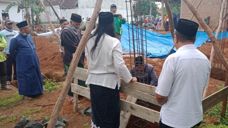Rais Syuriyah NU Metro Letakkan Batu Pertama Gedung Madin An-Nahdliyyah