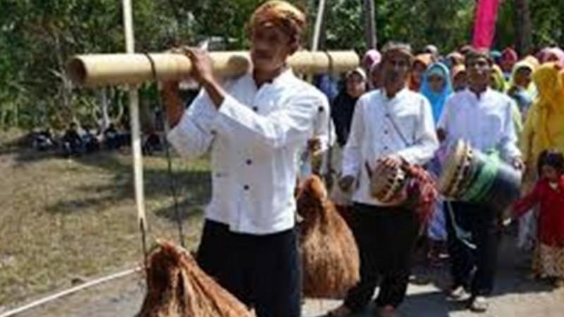 Sebelas Tradisi di Jawa Barat dan Banten Sarat Pendidikan Karakter