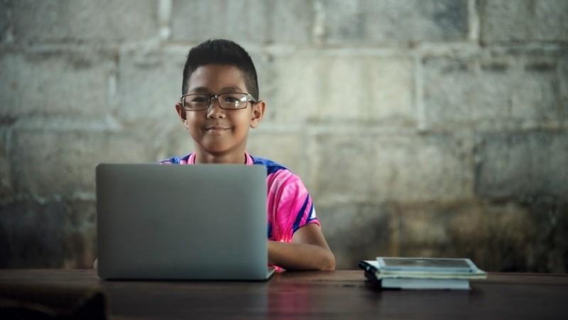 Dua Tips Menjaga Semangat Anak di Rumah Selama Pandemi