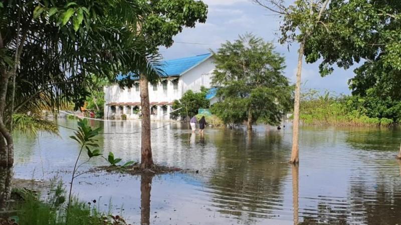 Pesantren di Martapura Terendam Banjir, PCNU Banjar Salurkan Bantuan