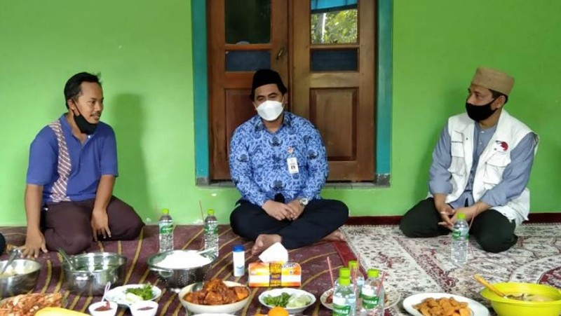 Gus Taj Yasin Maimoen Minta Santri Harus Jadi Teladan Jaga Kebersihan Lingkungan