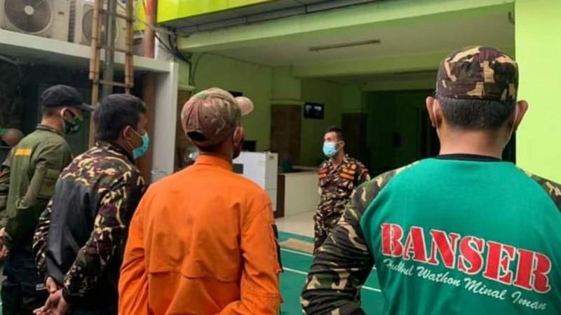 Satkornas Banser Bantu Warga Terdampak Banjir Jakarta