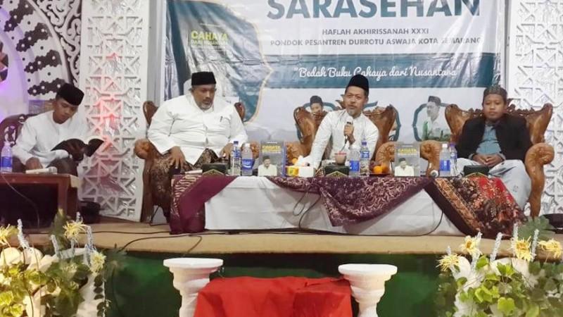 Pesantren Durrotu Aswaja Semarang Bedah Buku tentang Habib Luthfi