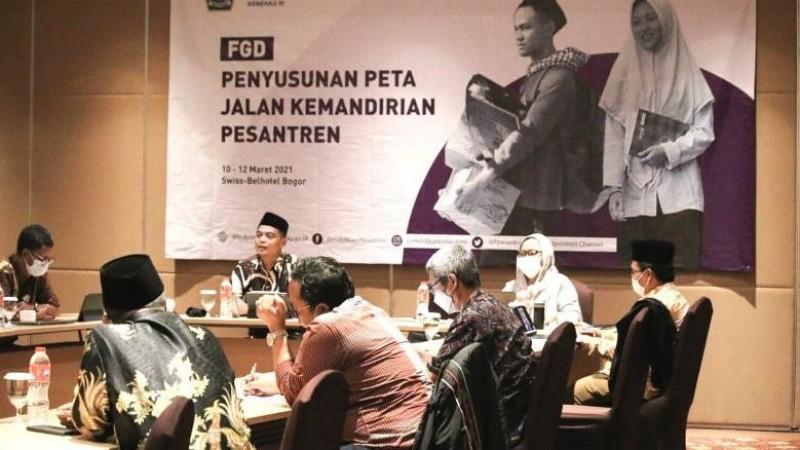 Kementerian Agama Matangkan Peta Jalan Kemandirian Pesantren