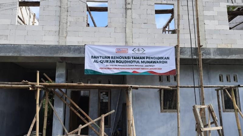 LAZISNU Salurkan Bantuan Renovasi Pesantren dan TPQ di Empat Kabupaten