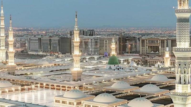 Saudi Izinkan Tarawih di Masjid Nabawi, Maksimal 60 Ribu Jamaah