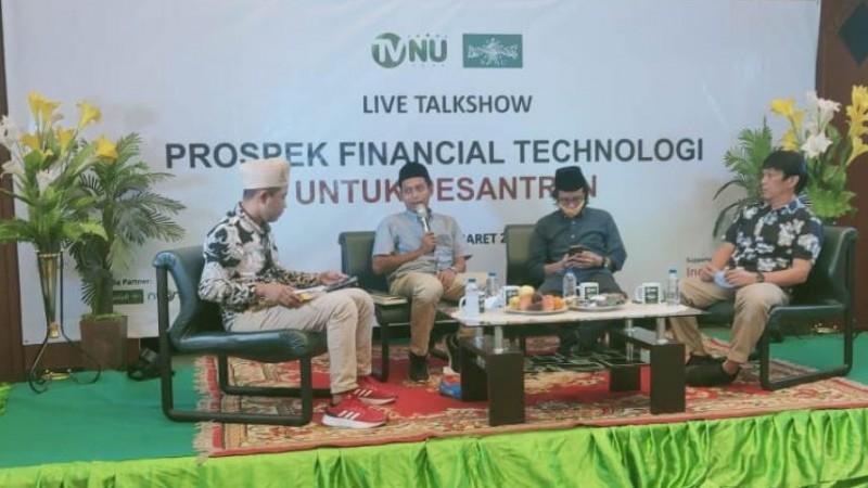 RMI PBNU Jelaskan Persoalan Penggunaan Teknologi Keuangan di Pesantren
