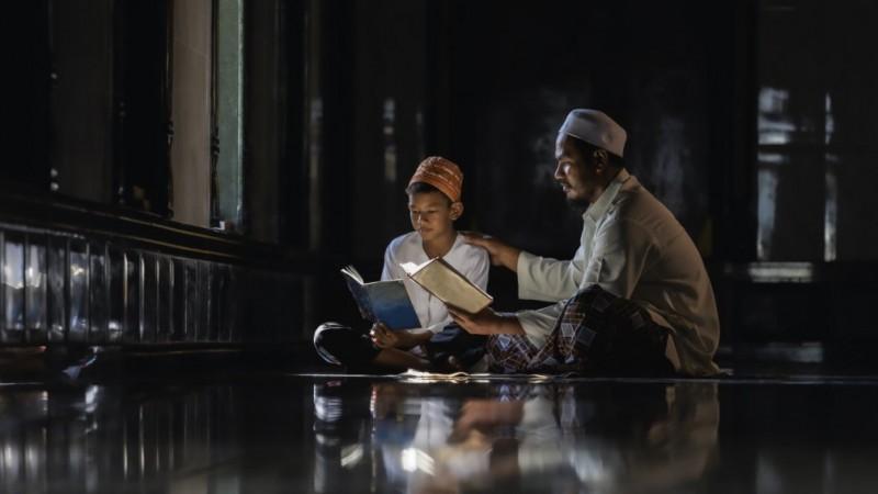 Fatayat NU DIY Jelaskan Peran Penting Ayah dalam Pengasuhan Anak