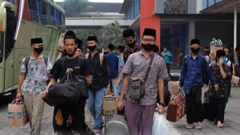 Para Santri di Jawa Timur Diizinkan Mudik Lebaran