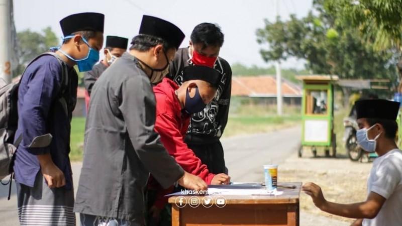 Pesantren di Cirebon Pulangkan Santri Lebih Awal dengan Protokol Kesehatan