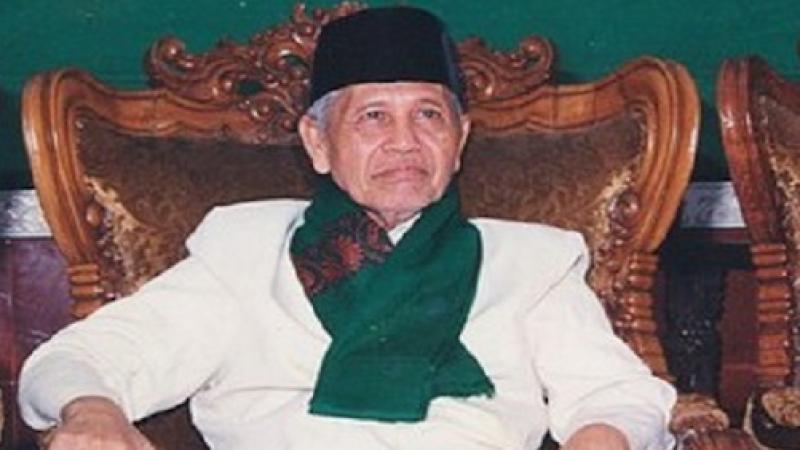 KH Sya'roni Ahmadi, Ulama Al-Qur'an dari Kudus