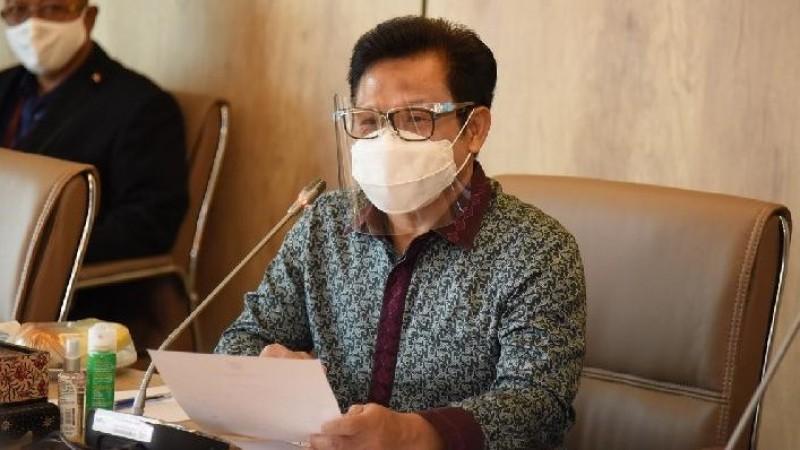 Kasus Covid-19 di RI 1,7 Juta, Wakil Ketua DPR: Vaksin dan Prokes Harga Mati