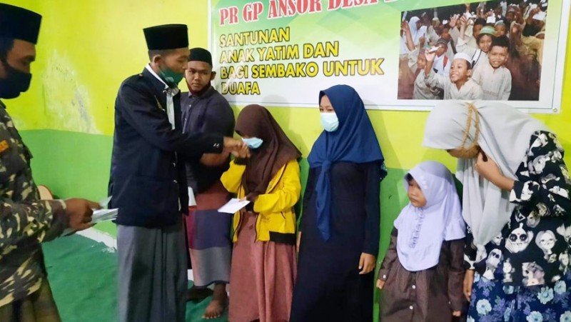Baksos Ramadhan, Ansor Banyupoh Buleleng Giatkan Semangat Berbagi