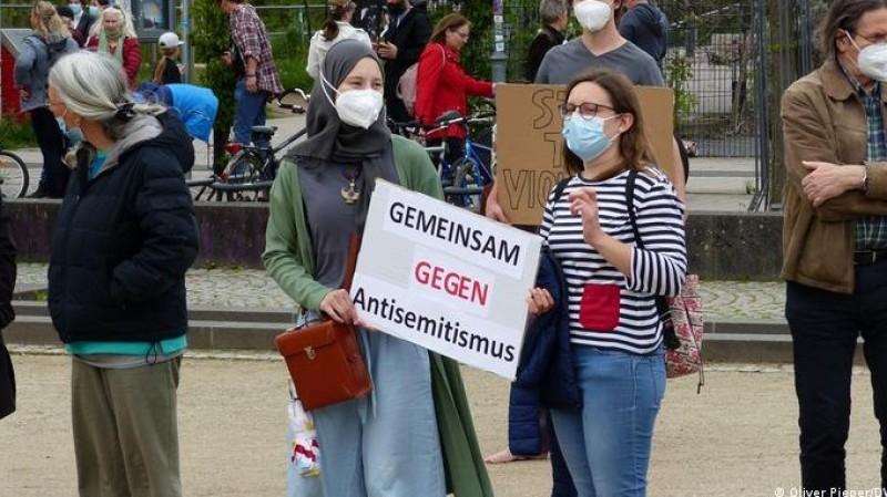 Solusi Hidup Damai Antara Muslim dan Yahudi di Jerman
