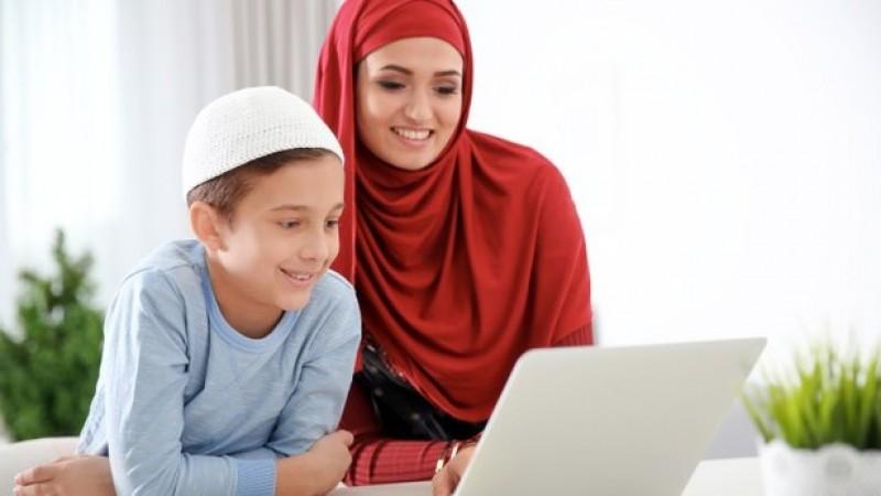 Tips Berkomunikasi dengan Suami dan Anak Laki-laki