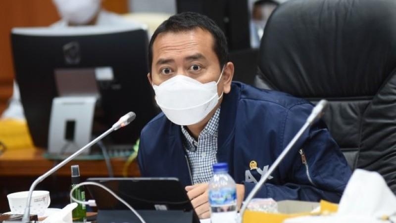 Darurat Nakes, Komisi X DPR Usulkan Percepatan Kelulusan Mahasiswa Kesehatan