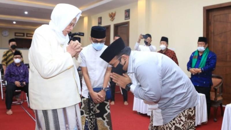 Sowan Kiai, Menag Sosialisasikan Prokes Shalat Idul Adha dan Qurban