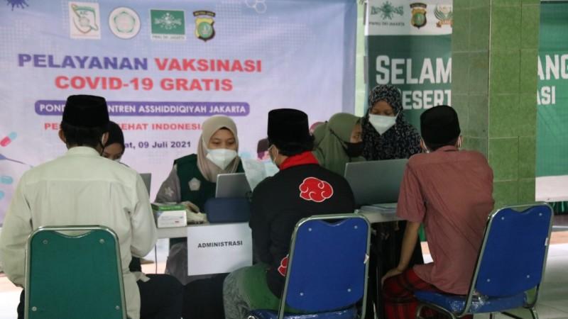 Terima 500 Kuota Vaksin Covid-19, Pesantren Asshiddiqiyah Jakarta Gelar Vaksinasi