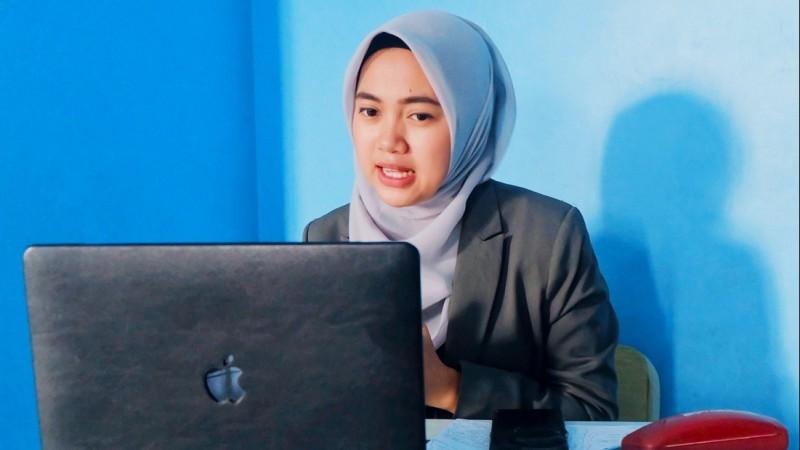 Penguatan Literasi Digital menurut Putri Hijab Lampung