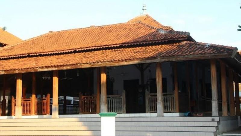 Masjid Agung Buntet Pesantren Tak Gelar Shalat Idul Adha 1442 H