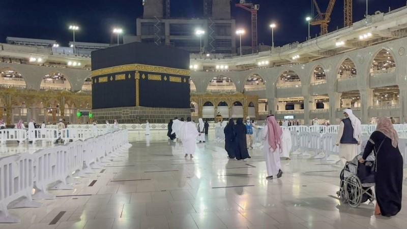 Arab Saudi Mulai Izinkan Pembukaan Ibadah Umrah