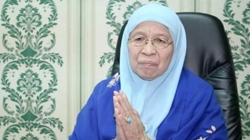 Prof Huzaemah, Ulama Perempuan Kaya Karya dan Cerita