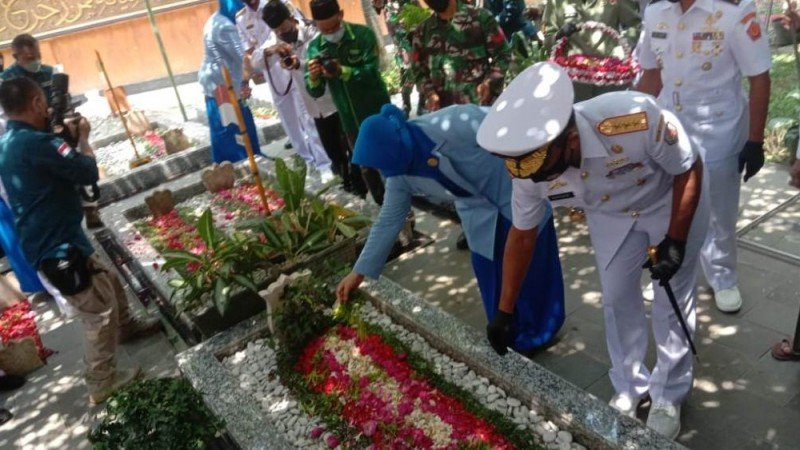 HUT TNI, Generasi Muda Perlu Miliki Jiwa Kepahlawanan Tokoh Pesantren
