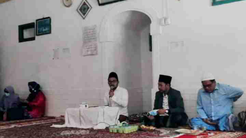 Di antara Jalan Menjadi Wali Itu Tak Meninggalkan Ilmu Syariat